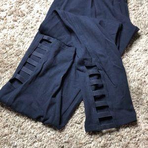 Victoria's Secret Pants - Victoria secret crop leggings